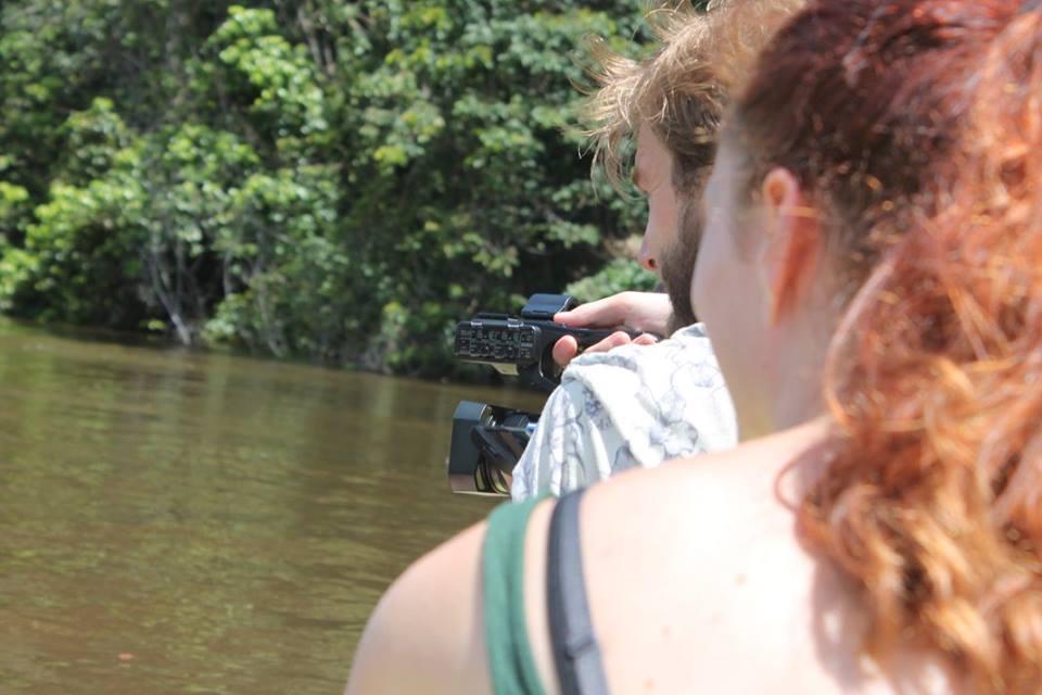 op de rivier